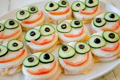 Monster Party (Judah& Birthday Party) - funny food – creative food prepared for young and old Best Picture For kids poster For Your Tas - Halloween Food For Adults, Halloween Food For Party, Adult Halloween, Halloween Stuff, Halloween Halloween, Halloween Treats, Halloween Makeup, Halloween Decorations, Halloween Costumes