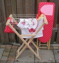 Strijkplank en droogrekje Chair, Furniture, Home Decor, Decoration Home, Room Decor, Home Furnishings, Stool, Home Interior Design, Chairs