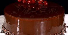 Il pasticcere Gianluca Aresu ci prepara la torta Mozart, un dolce preparato secondo antiche ricette. Vediamo la versione della torta Mozart del nostro Aresu