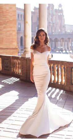 dresses tight Mermaid Wedding Dress 2020 Off The Shoulder Silk Satin Robe De Mariee Boho Wedding Bride Gowns Wedding Dress Tight, Off Shoulder Wedding Dress, Best Wedding Dresses, Bridal Dresses, Wedding Gowns, Satin Mermaid Wedding Dress, Off Shoulder Gown, Backless Wedding, White Simple Wedding Dress