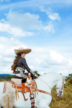 XV Fernanda. Country. Mexican woman. Cowgirl