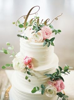White floral cake with love signage | Wedding & Party Ideas | 100 Layer Cake