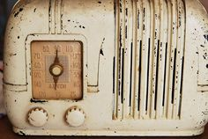 vintage radio...love ~ Our Mom painted our old radio white and though it's not exactly like this one, we still have it in the family.  It's chippy and vintage and this one really reminds me of those days!