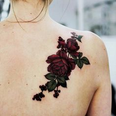 20 Shoulder Rose Tattoo Ideas For You To Try for dimensions 1080 X 1080 Roses On Shoulder Blade Tattoo - The hunt for the best Shoulder Tattoo Designs can Red Flower Tattoos, Red Tattoos, Pretty Tattoos, Unique Tattoos, Body Art Tattoos, Cool Tattoos, Sleeve Tattoos, Tattoos Of Roses, Dark Roses Tattoo