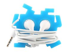 These Space Invaders Earphone Holders are definitely the coolest way to wrap up your headphone cords and stash your earbuds when not in use. Space Invaders, Earphones Wrap, Headphone Holder, Cord Organization, Inventions, Woodworking Projects, 3d Printing, Gadgets, Wraps