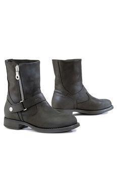 Forma Eva Leather Ladies Motorcycle Boots - LadyBiker.co.uk