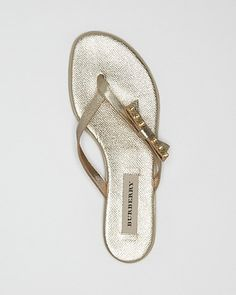 Burberry Flip Flop Sandals - Portman Bow Thong | Bloomingdale's