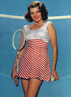 Rita Hayworth is ready to play badminton, would you join here? Hollywood Icons, Golden Age Of Hollywood, Vintage Hollywood, Classic Hollywood, Hollywood Actresses, Rita Hayworth, Divas, Sainte Rita, Famous Women
