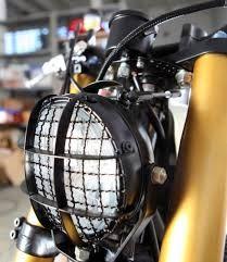 XJ 900 by Tarmac Custom Motorcycles - RocketGarage - Cafe Racer Magazine Custom Moped, Custom Motorcycles, Custom Bikes, Triumph Cafe Racer, Cafe Racers, Xj Yamaha, Honda Cb750, Cafe Racer Headlight, Gs500
