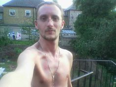 Me, taking selfpics, outdoors, in the buff. Something to do, innit.