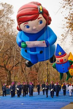 See the Macy's Thanksgiving Day Parade Balloons! Macys Thanksgiving Parade, Happy Thanksgiving Day, Vintage Thanksgiving, New York Christmas, Christmas Time, The Balloon, So Little Time, Special Day, Festivals