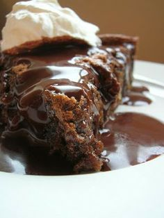 Chocolate Graham Cracker Cake - it looks decadent!! Yummy and gooey and different.