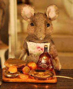 Miniature artist Christel Jensen from Norway.
