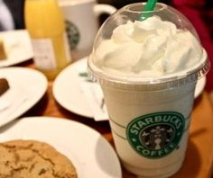 Find out all about the Starbucks secret menu Banana Cream Pie Frappuccino that you can order if you know the secret. Starbucks Hacks, Starbucks Hidden Menu, Starbucks Secret Menu Items, Starbucks Frappuccino, Starbucks Coffee, Starbucks Products, Starbucks Flavors, Starbucks Order, Healthy Starbucks