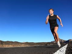 2 Workouts to Make Marathon Race Pace Feel Easier - I am definitely trying these before my next marathon.