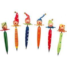 6er Set. Dies sind nicht nur einfache Kugelschreiber, sondern diese Kugelschreiber sind verziert mit Clownsgesichtern. Die Schreiber sehen klasse aus und sind der Hit in der Klasse!