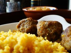 Couscous with Mango Curry And Turmeric-Meatballs. Recipe available on my foodblog www.tineathome.com