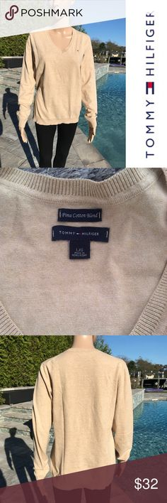 Tommy Hilfiger V Neck Sweater Tommy Hilfiger V Neck Sweater  Perfect condition  No rips tears or stains  Prima cotton blend   Buy 2 items get 3rd half off , offering bundle discounts & accepting all reasonable offers Tommy Hilfiger Sweaters V-Necks