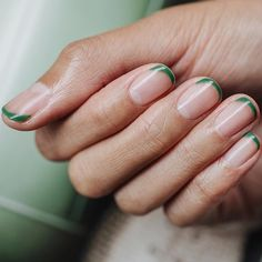 Bird nail art: We've started to spot it everywhere, so is it the next nail trend to take flight? - Minimal but with an intriguing twist, finish off squeaky clean nails with these forest green tips f - Minimalist Nails, Minimalist Style, Cute Nails, Pretty Nails, Hair And Nails, My Nails, Stars Nails, Bird Nail Art, Nailart