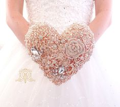 Rose gold heart shaped brooch bouquet. Bridal wedding unique Wedding Brooch Bouquets, Bridesmaid Bouquet, Boquet Wedding, Brooch Boquet, Wedding Dresses, Boutonnieres, Diy Bouquet Mariage, Wedding Dress Finder, A Boutique
