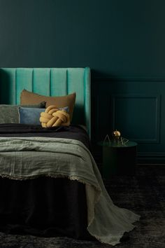 3+soft+moody+color+palettes-Eclectic+Trends More