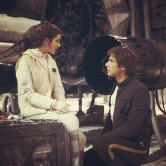 "Carrie Fisher and Harrison Ford - Han & Leia ""Star Wars Episode V: The Empire Strikes Back"" Star Wars Cast, Leia Star Wars, Star Trek, Nerf, Star Citizen, Carrie Fisher Harrison Ford, Harrison Ford Han Solo, Han And Leia, Matou"