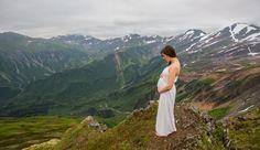 16 Next-Level Pregnancy Photos That Will Make You *~Glow~* With Joy - Cosmopolitan.com