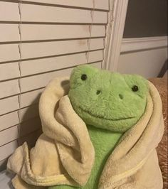 Aesthetic Photo, Aesthetic Pictures, Cute Frogs, Frog And Toad, Grunge Style, Wall Collage, Plushies, Aesthetic Wallpapers, Cute Animals