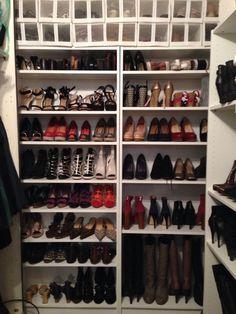 Schuhschrank ikea pax  Schuh-Speicher Hidden shoe closet! OMG!!!!! YES I WANT PLEASE ...