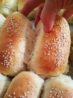 ψωμακια1 Cookbook Recipes, Cooking Recipes, Food Network Recipes, Food Processor Recipes, The Kitchen Food Network, Bread Art, Dinner Rolls, Greek Recipes, Cooking Time