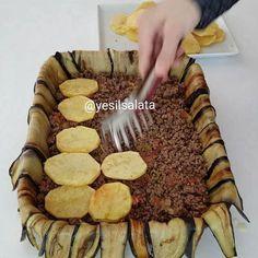 Ramazanda iftarı yalnız yapmayı sevmeyenler den misiniz Iftara şöyle nefis bir fırın yemeği yanına pilav ve buzz gibi ayran Bu akşam…