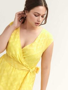 Sunny plus size cap-sleeve dress made of textured gold chiffon. Features- Faux-wrap- Wide self-tie at waist- Lined- length Fit Flare Dress, Fit And Flare, Cap Sleeves, Dresses With Sleeves, Addition Elle, Cute Summer Dresses, Faux Wrap Dress, Boho, Dress Making