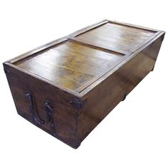 19th Century trunk with siding top cover. | 1stdibs.com