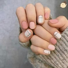 44 Cute Nail Polish Manicure for Spring - Nails - Unhas Cute Nail Polish, Cute Gel Nails, Soft Nails, Gel Polish, Minimalist Nails, Minimalist Fashion, Nail Swag, White Nails, Striped Nails