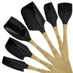 Le-Creuset-Satin-Black-Silicone-Tools-Section-Front.jpg 500×500 pixels