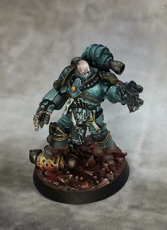 PAINTED 40K: Sons of Horus Praetor, Painted by Rich Erickson