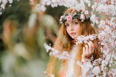 séance photos extérieur, Léonie Mars 2017  #flowers #crownflowers #crown #model #readhead #rousse #beautée #beauty #girl #fleurs #fleur #couronnedefleurs #photoshoot #shooting #photographer #photography #photos #frenchphotographer #stephanejoly