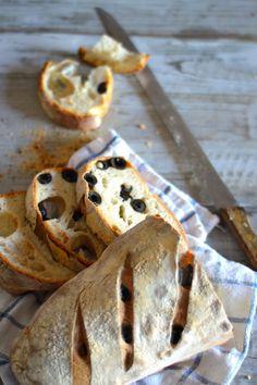 la pancia del lupo: Pane con olive
