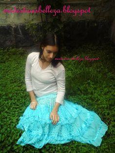 Falda azul estilo hindú.