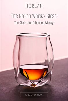 Drink in Style Modernization of the Classic Whisky Glass. Cocktails, Cocktail Drinks, Alcoholic Drinks, Beverages, Whisky, Whiskey Drinks, Whiskey Glasses, Scotch Whiskey, Cheers