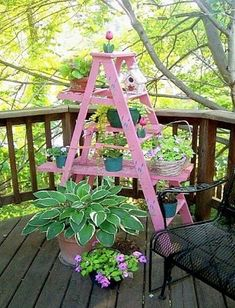7 Passionate Clever Tips: Small Backyard Garden Space Saving backyard garden boxes fence. Jardin Style Shabby Chic, Shabby Chic Garden, Garden Cottage, Garden Crafts, Garden Projects, Garden Art, Garden Design, Herb Garden, Small Backyard Gardens
