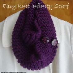 Easy Knit Infinity Scarf - Super easy knit pattern for DIY infinity scarf with buttons