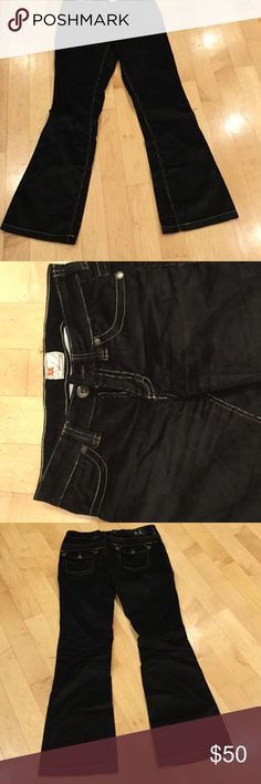 """LIKE NEW Twill Twenty two black corduroy pants LIKE NEW Twill Twenty Two black corduroy bootcut pants.  Features double button back pockets, stylish top stitching. 34"""" inseam. 65% cotton, 33% rayon, 2% spandex for a comfortable and flattering fit!  Purchased at Nordstrom Twill Twenty Two Jeans Boot Cut"""