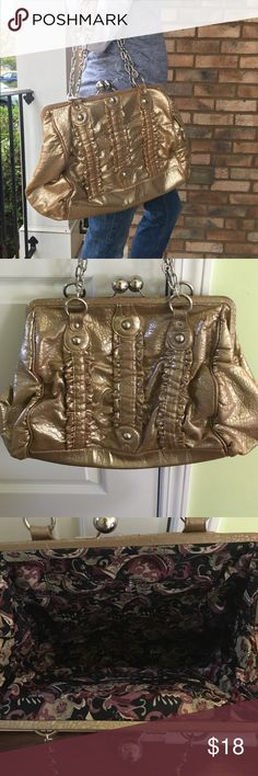 Gold Rampage shimmery shoulder bag In used condition with lots of life left! Adorable bag from Rampage. Perfect for the holidays!! Silver hardware. Thanks for looking.💕 Rampage Bags Shoulder Bags