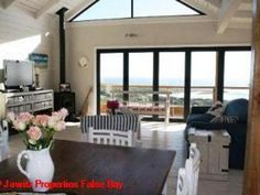 4 bedroom House for sale in Scarborough for R 5 950 000 with web reference 571536 - Jawitz False Bay/Noordhoek