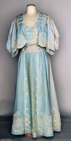 Augusta Auctions, MAY 14th & 15th, 2013: Blue Seaside Dress, 1905
