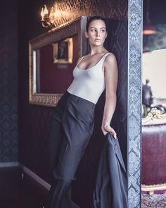 Don't you hate when your photos don't fit Instagram's 4x5 limitation?  #crewonephotography #photographer #gladstone #gladstonephotographer #centralqueensland #cq #centralqld #crewone #gladstoneregion #rockhampton #fashionaddict #fashionpost #fashion #fashionista #style #fashionstyle #fashionable #fashiongram #instafashion #fashionweek #model #nikon #sigma #sigmaart #godoxusergroup #godox Fashion Addict, Your Photos, I Am Awesome, Normcore, Gladstone, Nikon, Fitness, Model, Hate