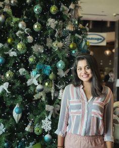 Photograph of Meera Nandan HAPPY CHRISTMAS DAY PHOTO GALLERY  | BESTANIMATIONS.COM  #EDUCRATSWEB 2018-12-14 bestanimations.com http://bestanimations.com/Holidays/Christmas/merrychristmas/redglitter-merry-christmas-wishes-card.gif