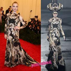 El Givenchy vintage de Amanda Seyfried en la Met Gala era de la colección Primavera/Verano 2007 de Alta Costura