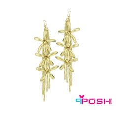 POSH Izabella - Earrings - Long flowery earrings - Gold colour - Dimension: x - Length: POSH by FERI - Passion for Fashion - Luxury fashion jewelry for the designer in you. Monogram Earrings, Dangly Earrings, Jewellery Earrings, Fashion Jewelry, Women Jewelry, Selling On Pinterest, Ladies Boutique, Gold Colour, Color